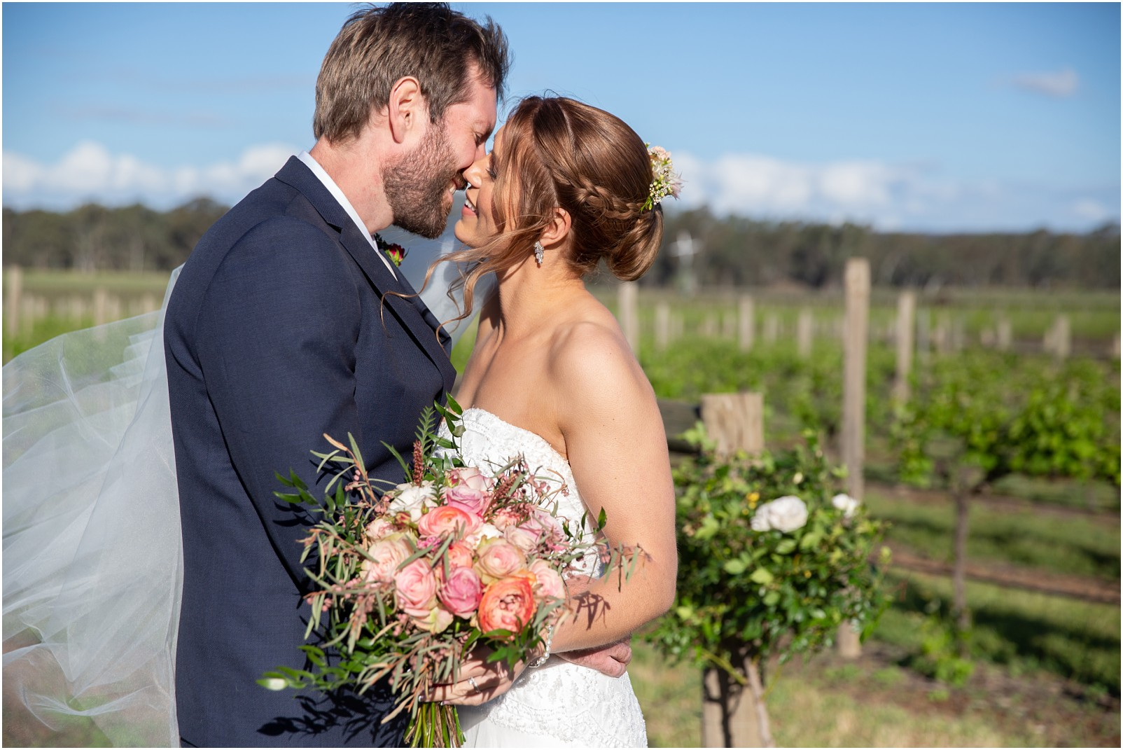 Sarah and Brigge's Balgownie Estate Bendigo Wedding_0037